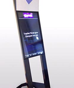 Design totem interactif Interactive totem design